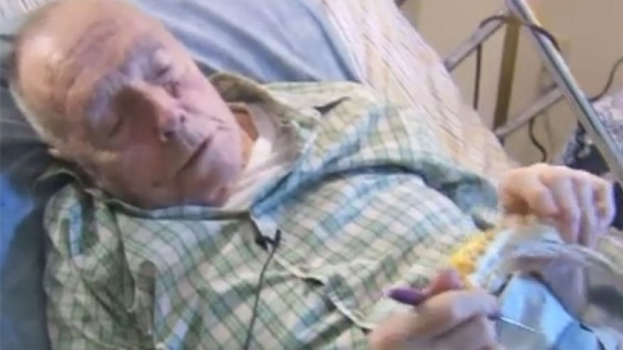 91 Year Old Man In Hospice Care Is Still Knitting Hats For Homeless