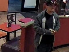 Armed man pays for meal before robbing Taco Bell cashier