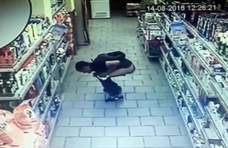 Man poops in supermarket, then steals tissue from shelf to clean up