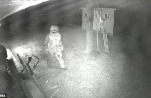 CREEPY CLOWN WITH A KNIFE SEEN BREAKING INTO HOUSE ON CCTV
