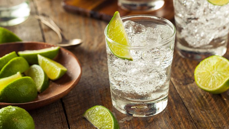 Drinking gin can speed up your metabolism, study finds